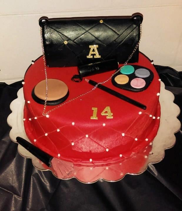 Makeup Teen Cake