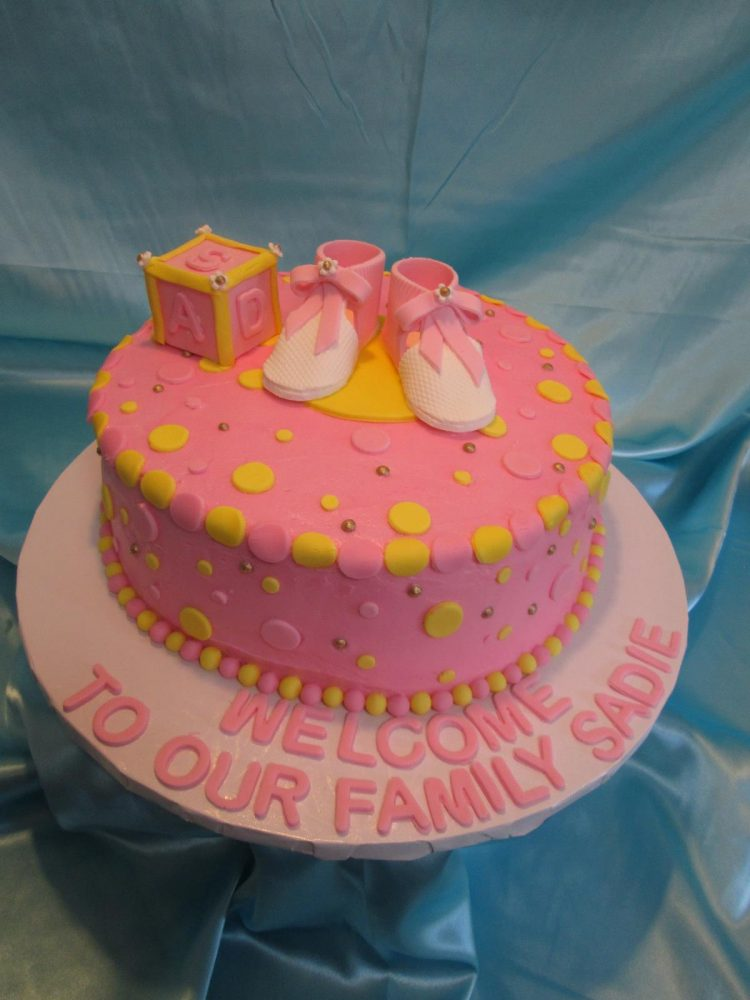 Welcome Baby Cake by Leonor Rodriguez